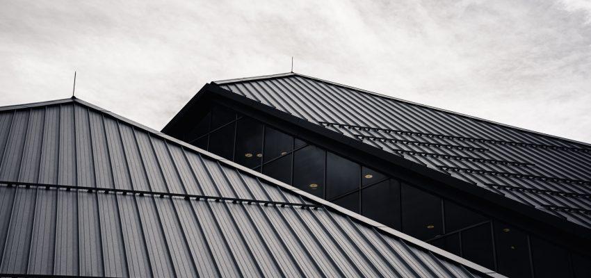 cena strehe