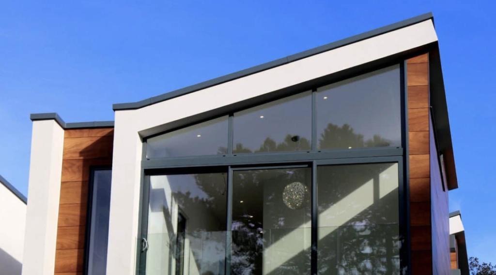 enokapna streha