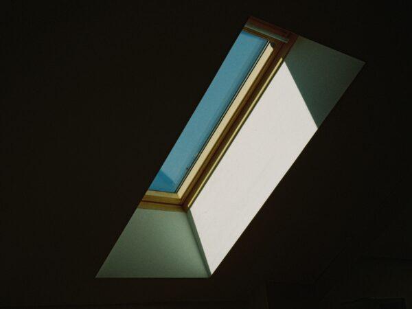 Strešna okna – Cena in na kaj paziti?